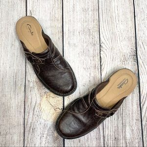 Clarks Bendables Distressed Brown Leather Mules